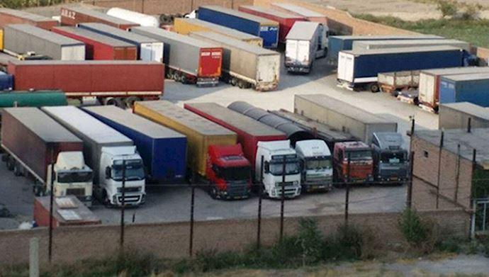 Truck drivers strike in Iran