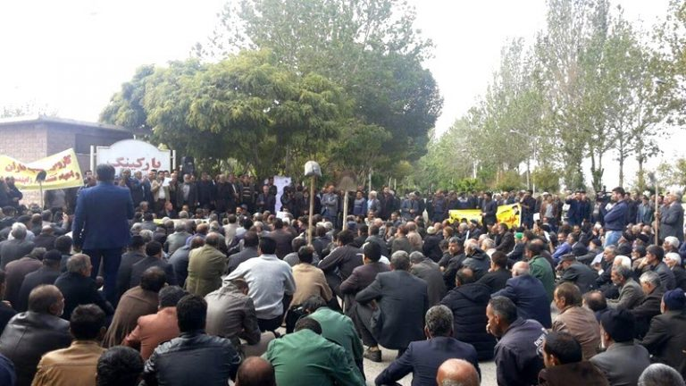 Isfahan Farmers' protest continues