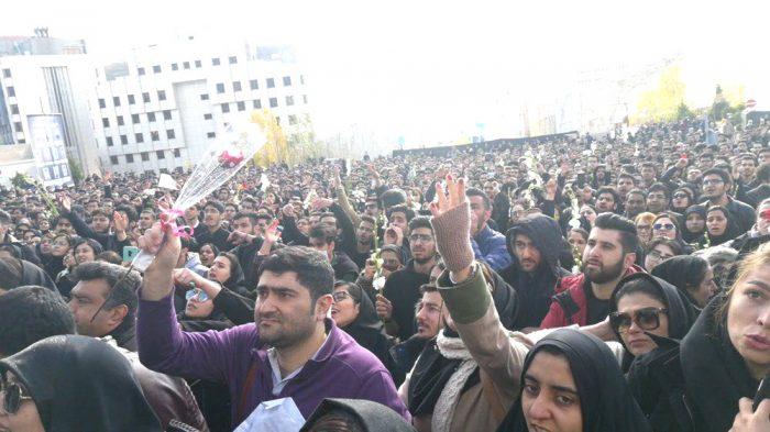 Demonstration of Azad University student in Tehran.