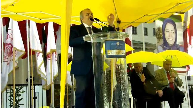 Mohammad Mohaddessin addressing Berlin Free Iran Rally