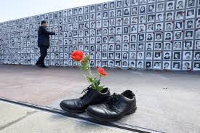 30000 political prisoners were executed in Iran in 1988