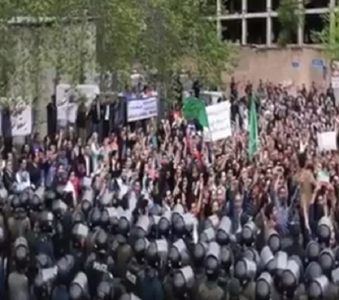 Iran Protests continue for 12th day